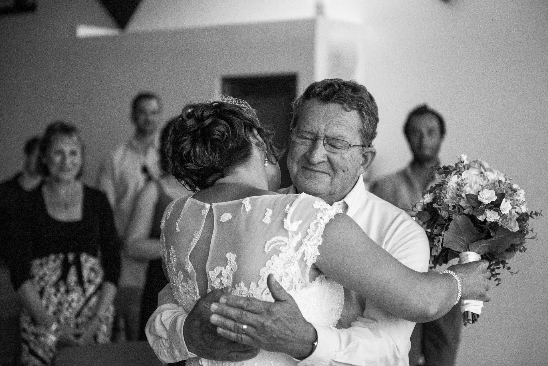 Madison WI Wedding Photographers Hugging Dad