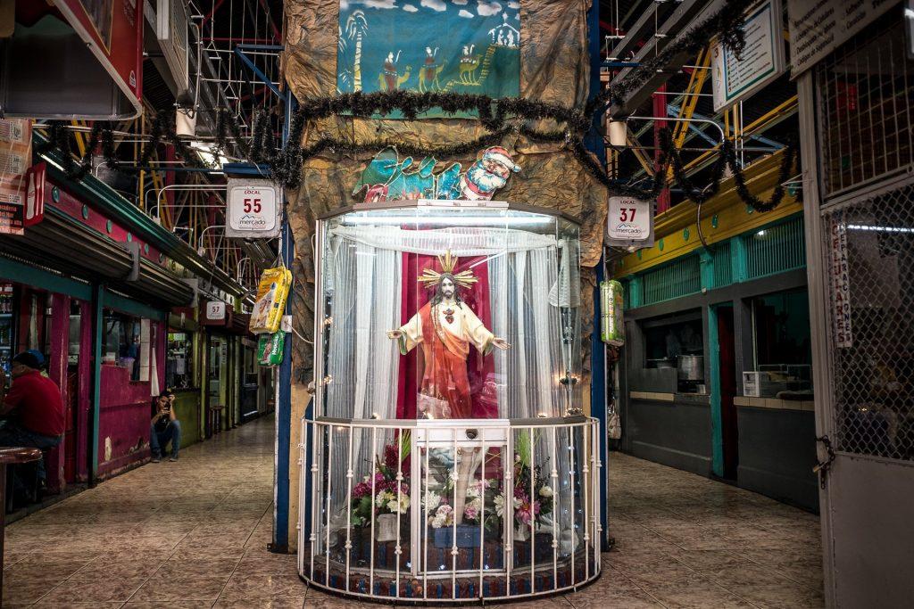 Street Photography Costa Rica Alajuela Mercado Jesus