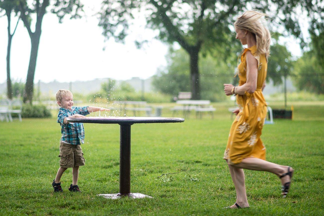 Madison WI Wedding Photographers Kid Mom Rain