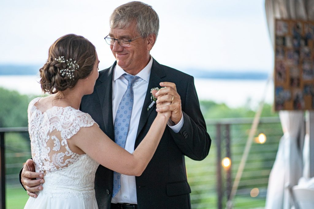 father daughter dance wedding wisconsin phoyography