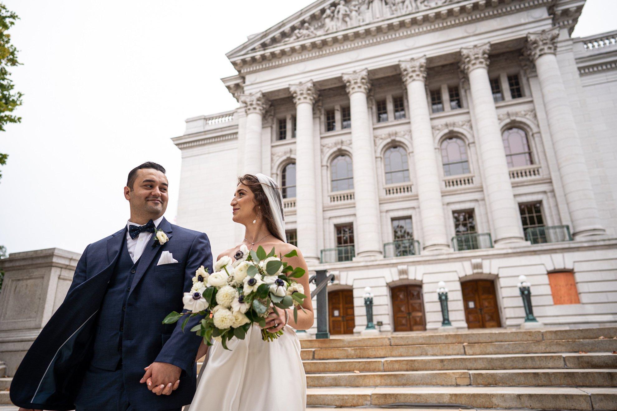 Madison WI Wedding Photographers couple capitol