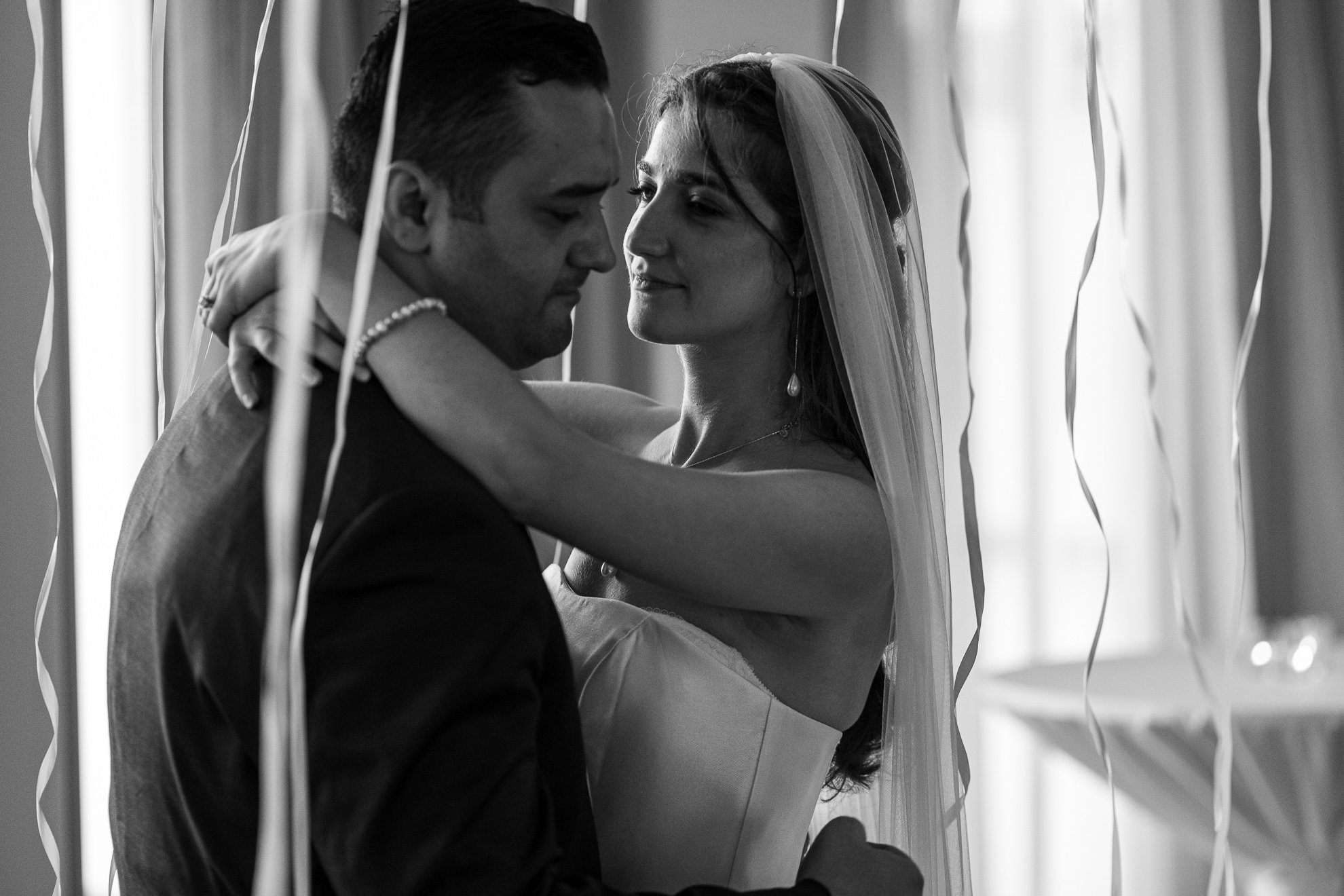 Madison WI Wedding Photographers first dance