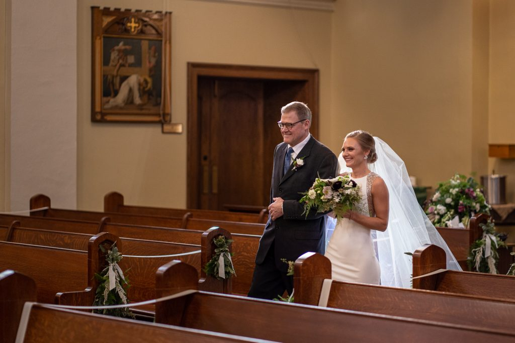 wedding photographers wisconsin bride dad church