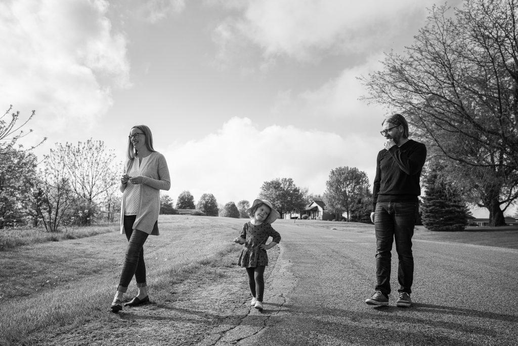 family walk photographer madison