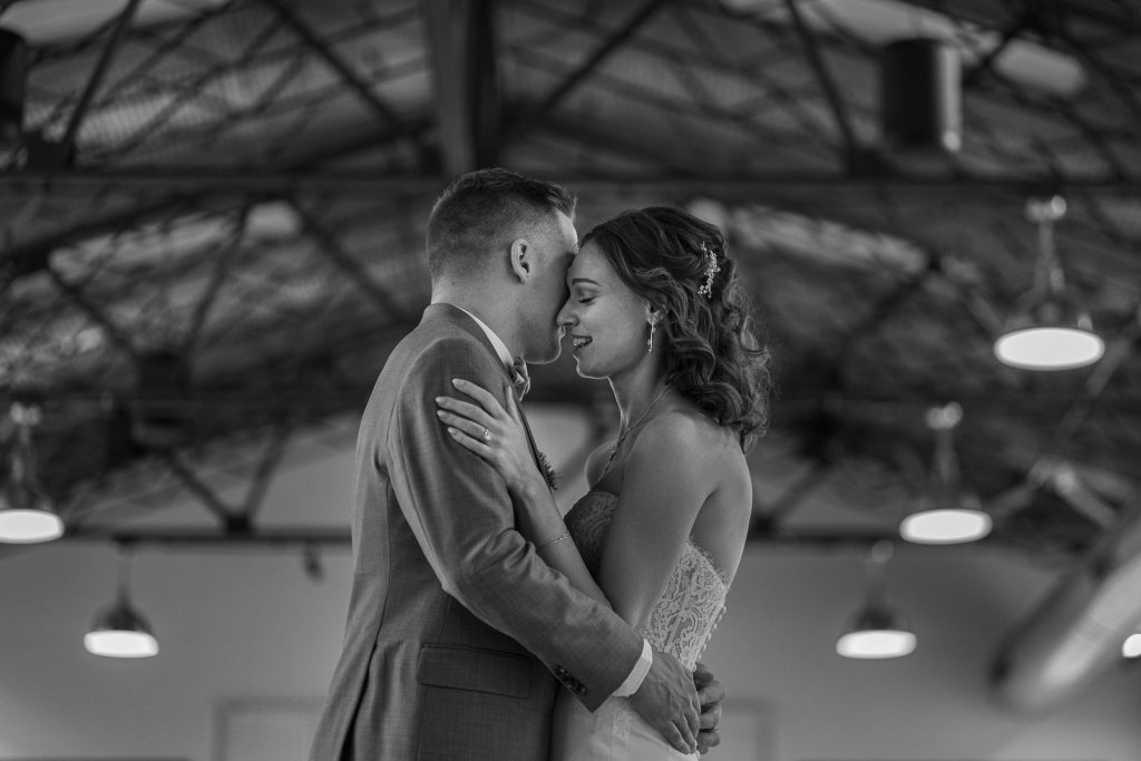 madiosn wi photographer first dance
